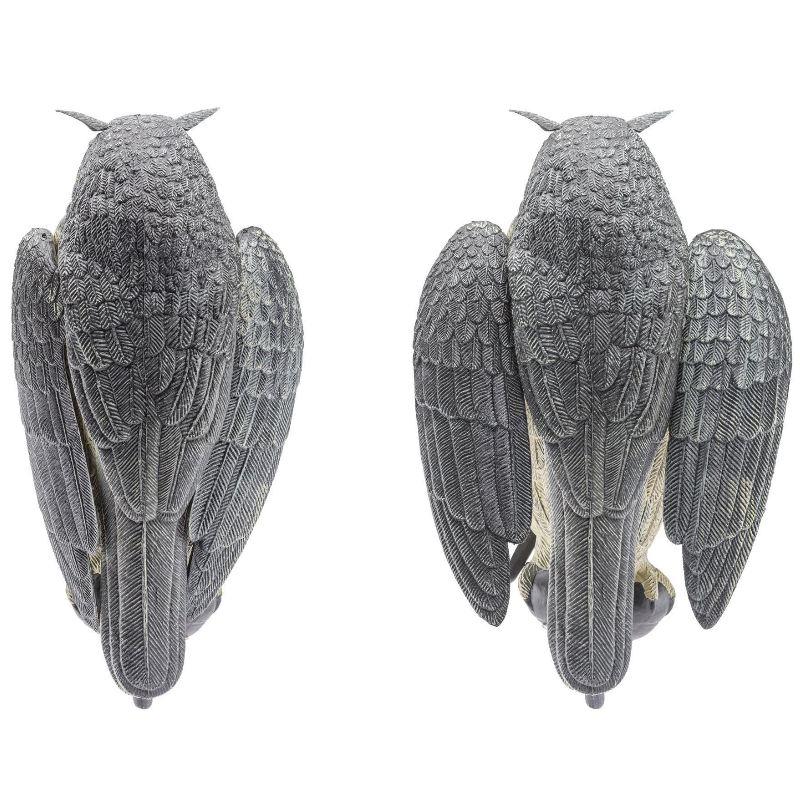Appelant de grand duc en plastique avec ailes qui bouge