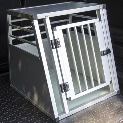 Cage chien auto First 60 x 50 x 55